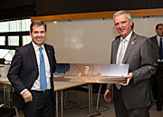 Chilean Minister for Economy, Mr. Félix de Vicente, during his visit to ESO Garching