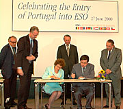Portgual-ESO agreement signing