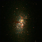 Big Stellar Cluster in the Blue Dwarf Galaxy NGC 5253