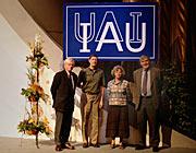 Los nuevos funcionarios de IAU