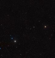 Szerokie pole widzenia gromady galaktyk w Herkulesie