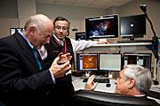 Der chilenische Präsident Sebastián Piñera im Kontrollraum auf dem Paranal