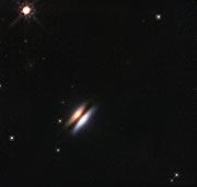 """El disco protoplanetario """"Platillo Volante"""" alrededor de 2MASS J16281370-2431391"""