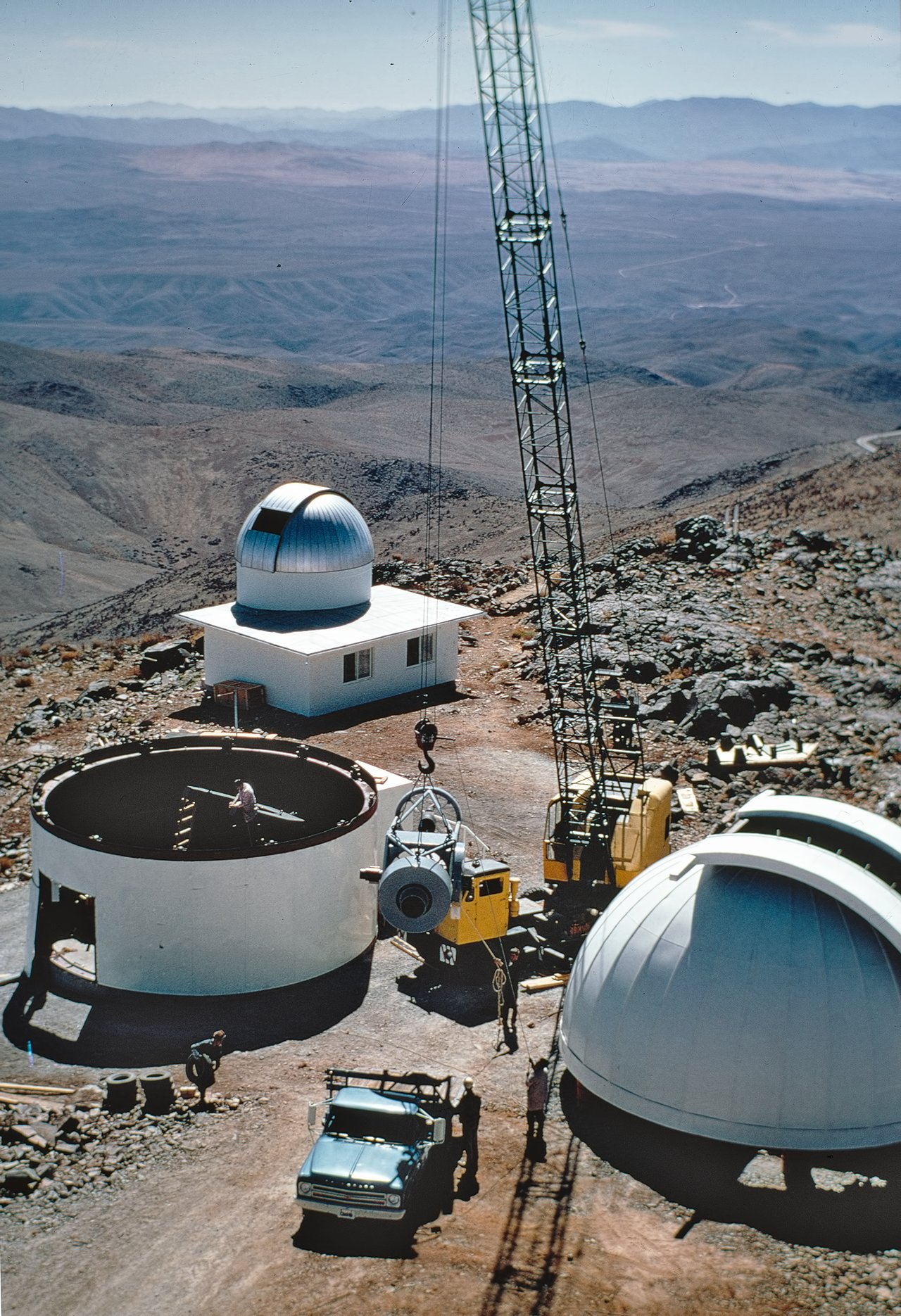 Building the ESO 1-metre telescope