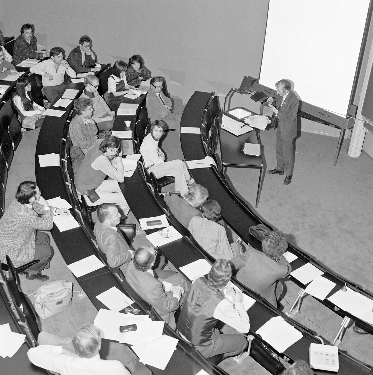 First Colloquium at ESO HQ