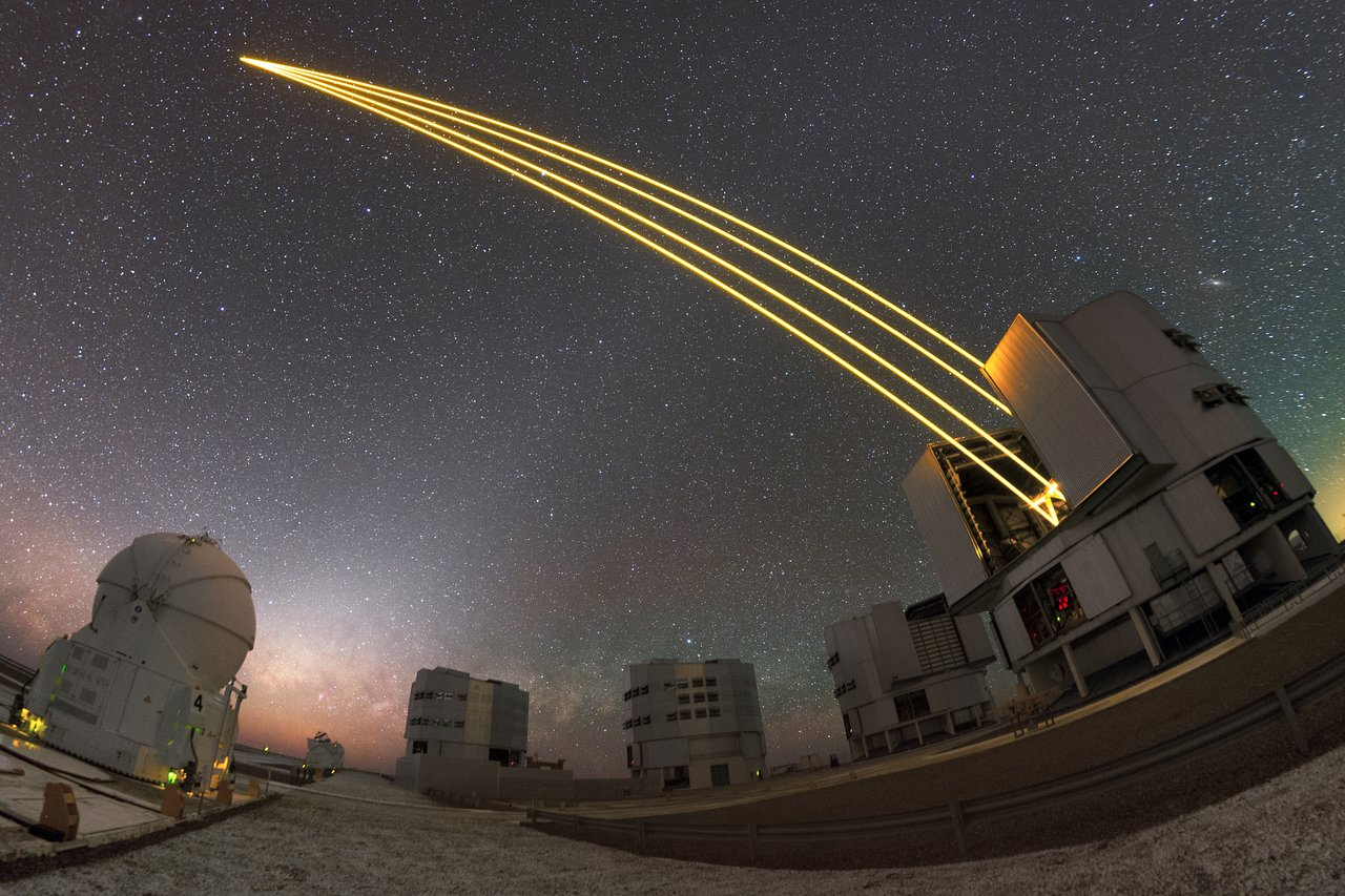 ESO's Very Large Telescope in action