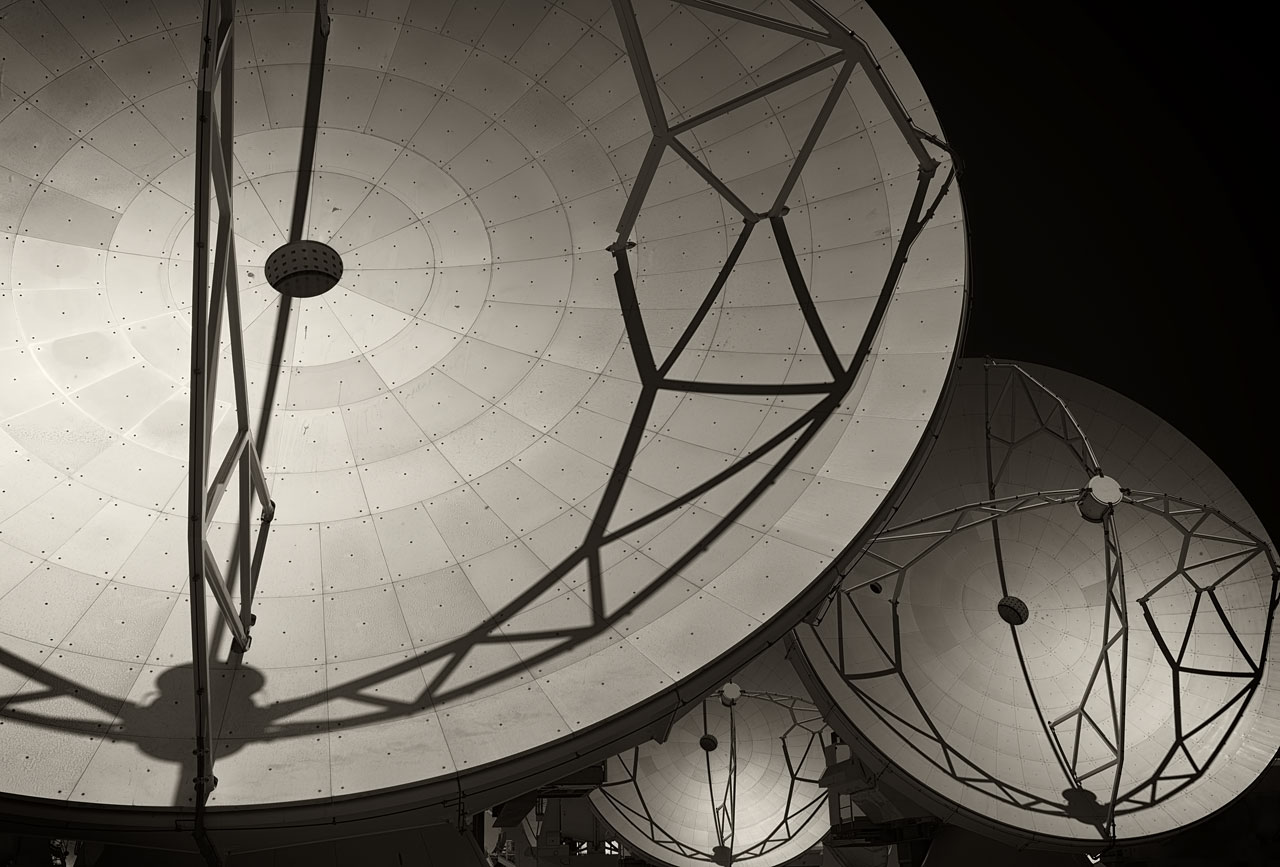 Close-up on ALMA's Antennas