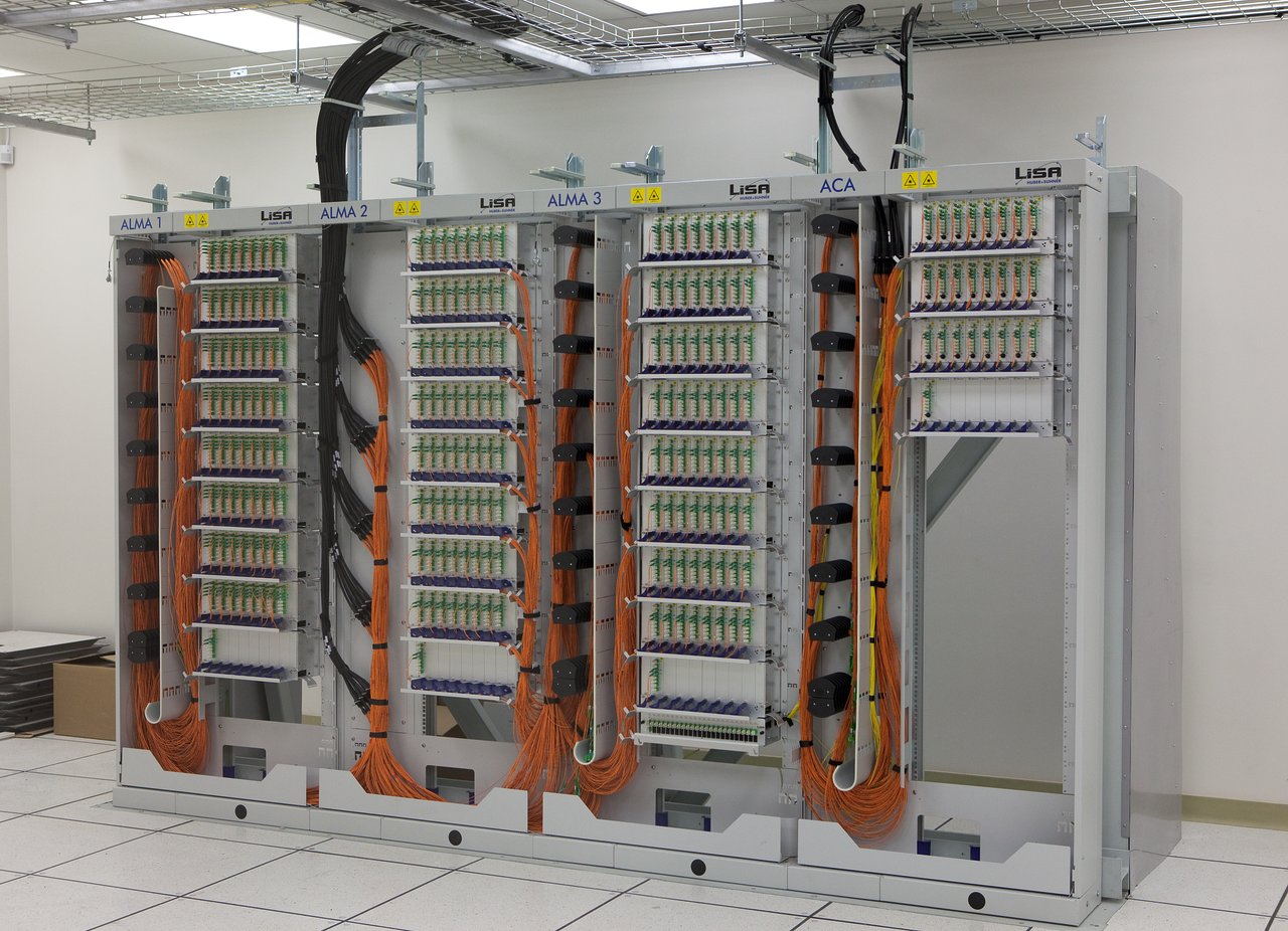 ALMA fibre optic patch panel