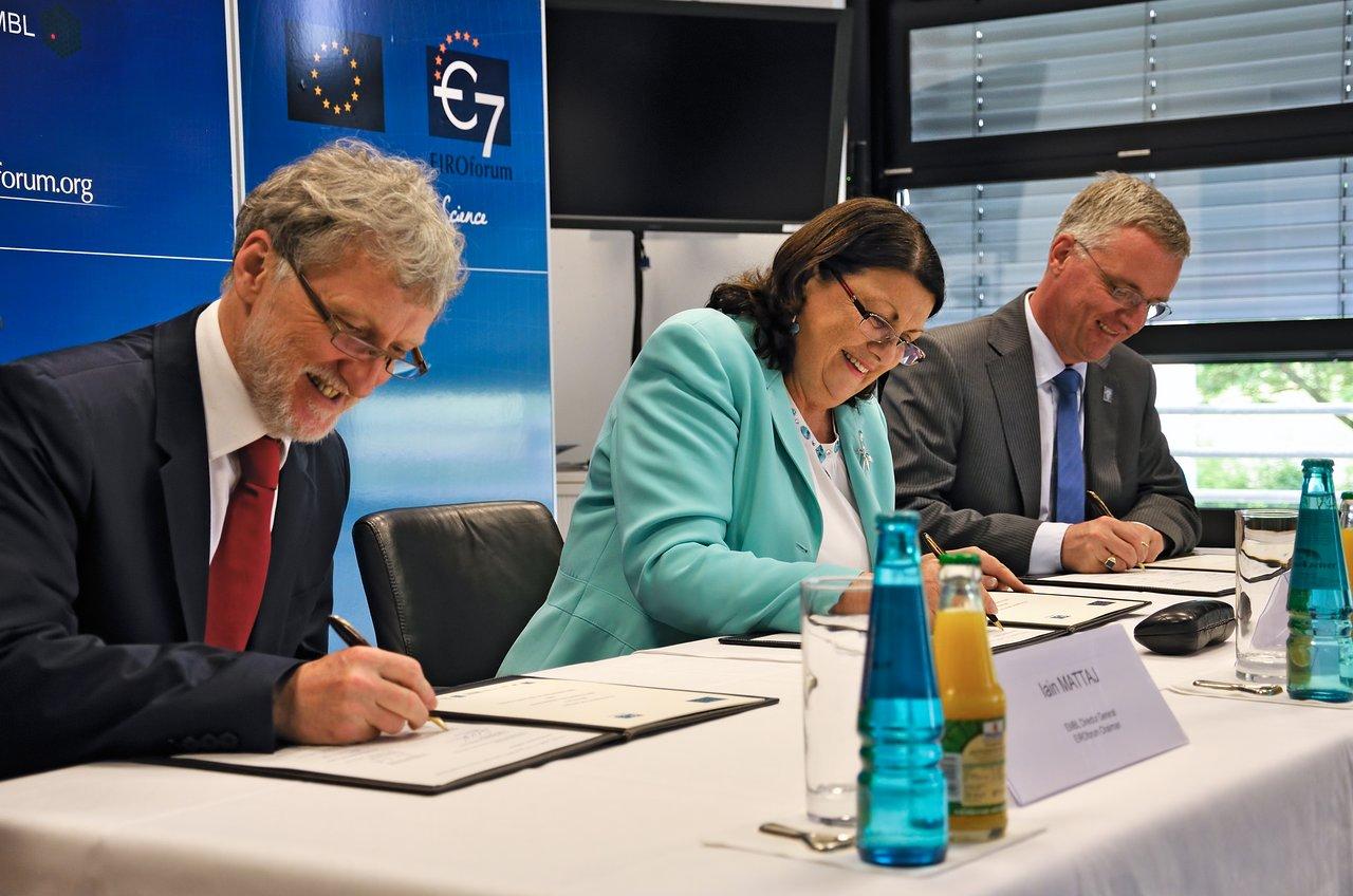 European Commission and EIROforum pledge to extend