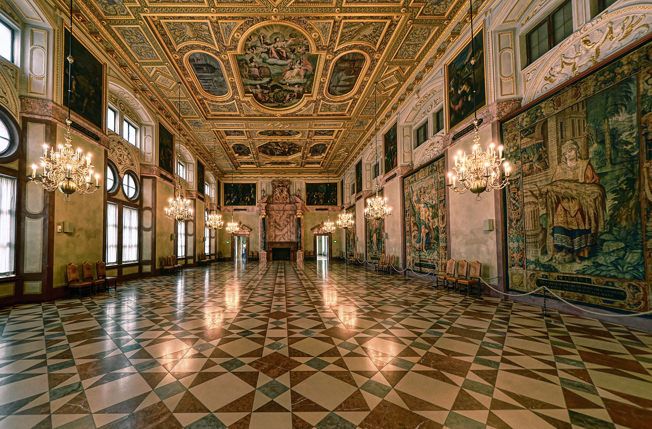 Королевский Зал (Munich Residenz Kaisersaal, Germany)