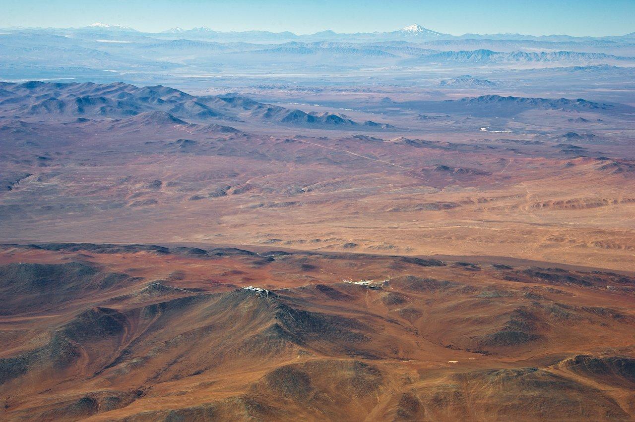 Die Landschaft um Paranal und Armazones