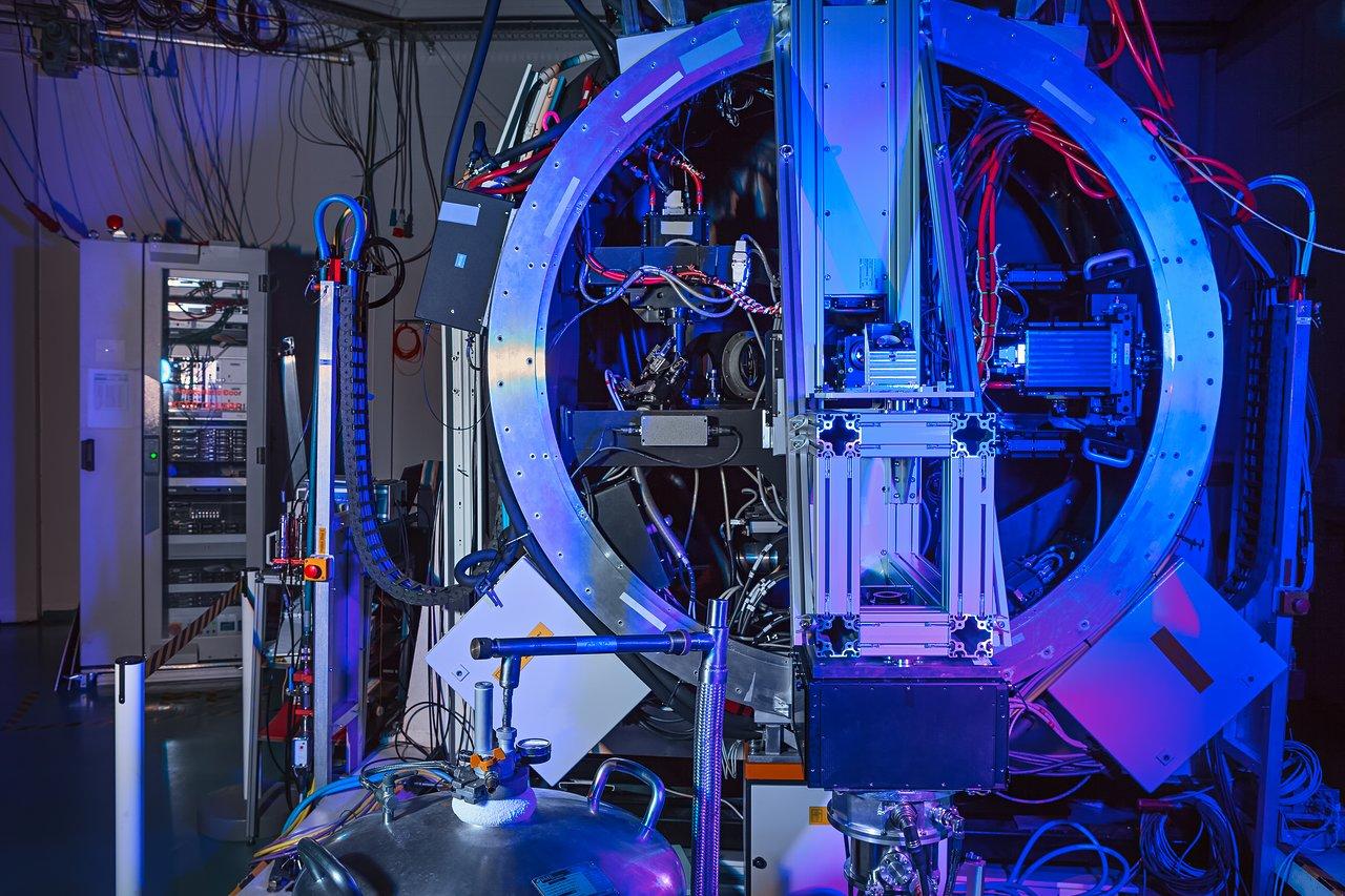 Astronomie vergrößerung und grenzgröße im teleskop