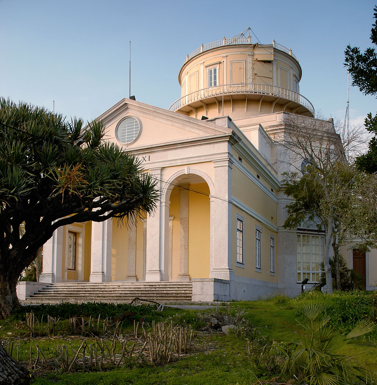 The Centre for Astronomy and Astrophysics of the University of Lisbon (CAAUL)