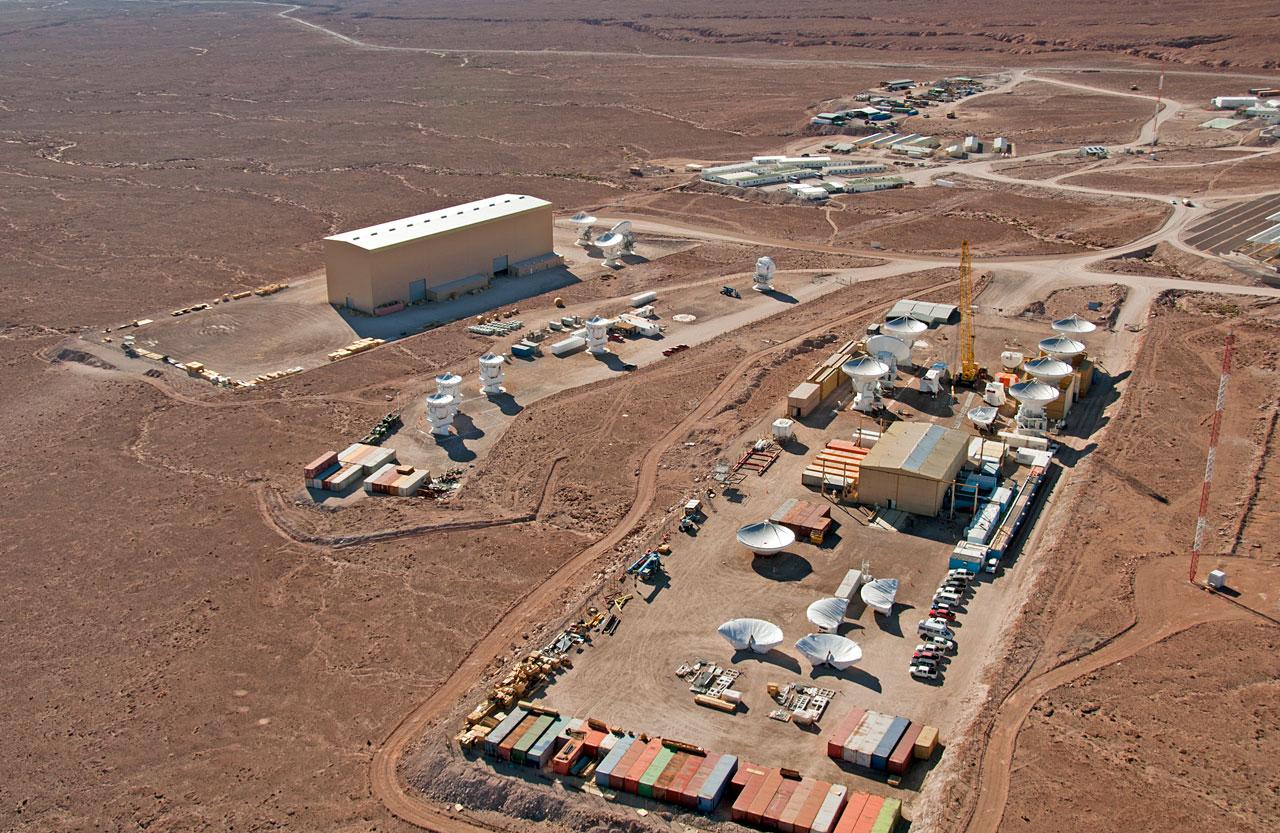 Antenna Integration Facilities at ALMA OSF