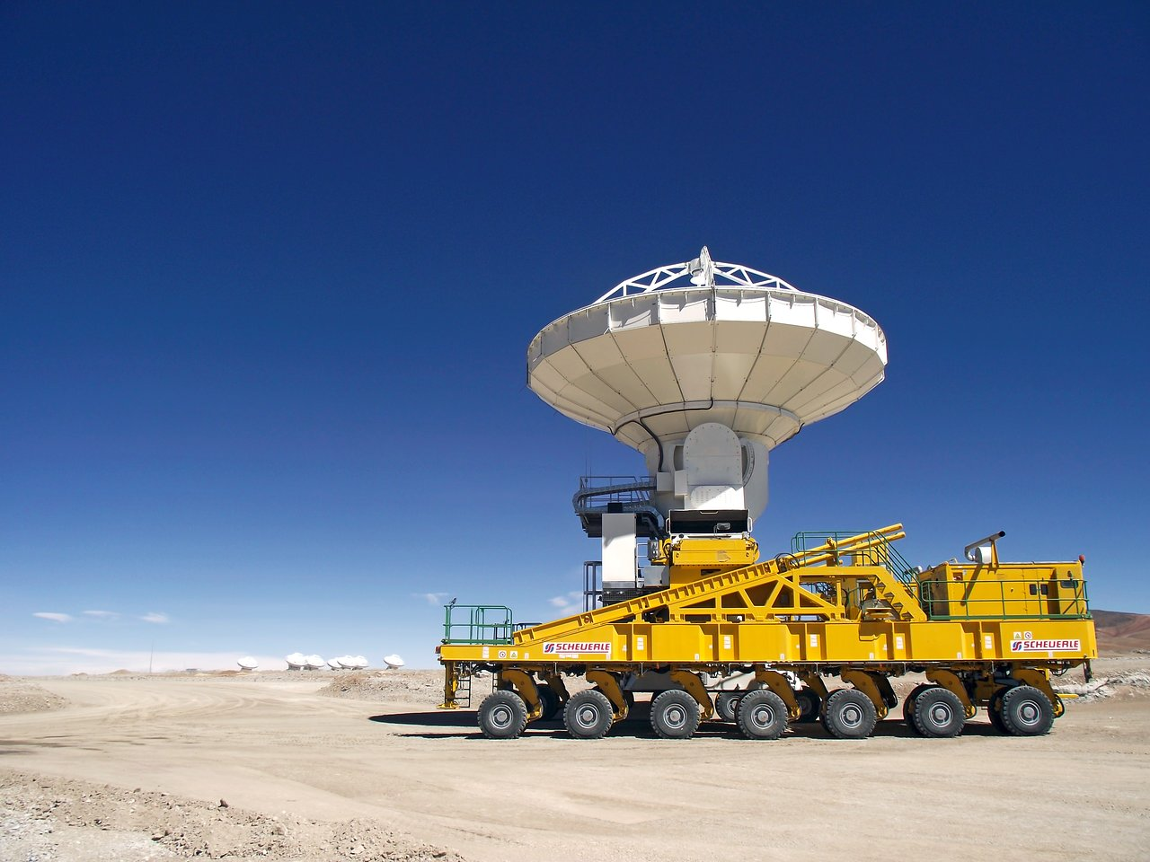 ALMA's 9th Antenna Arrives at the AOS