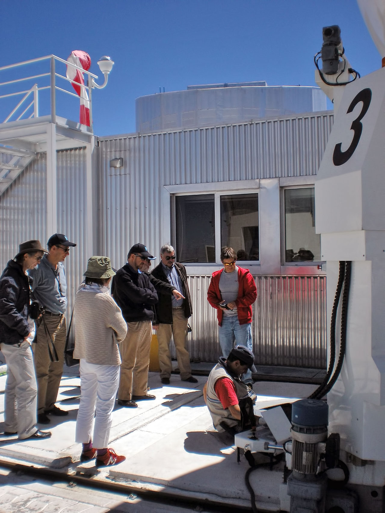 Delegation from the University of Liège at Paranal