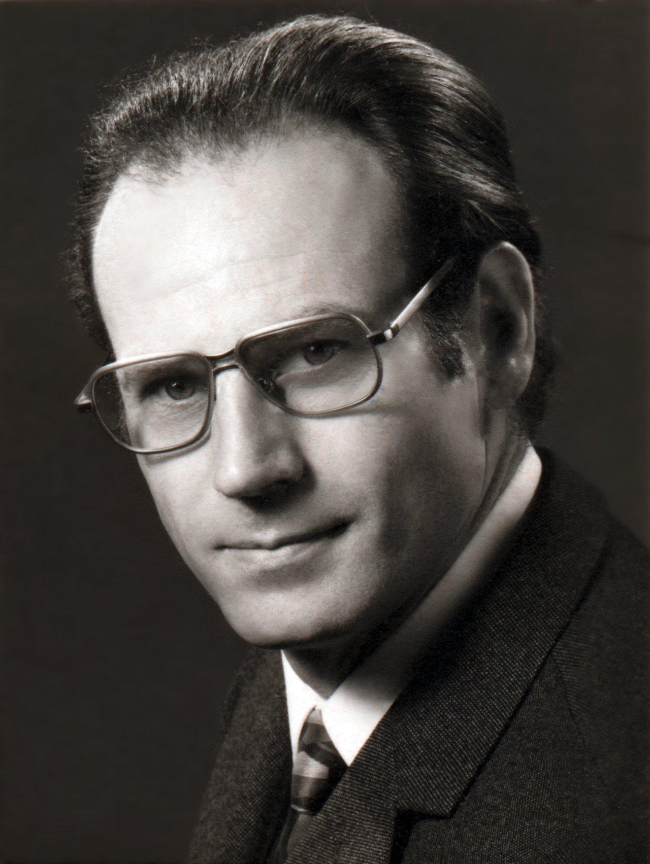 Raymond Wilson
