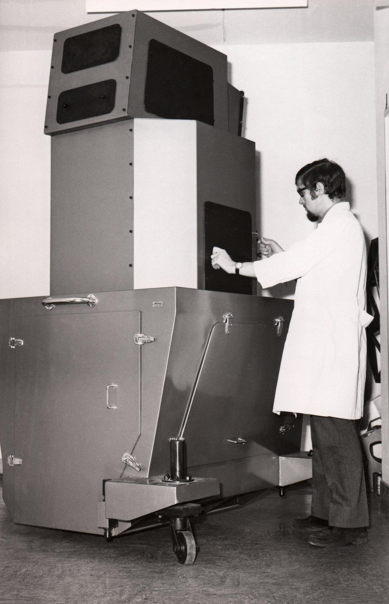 Echelle spectrograph