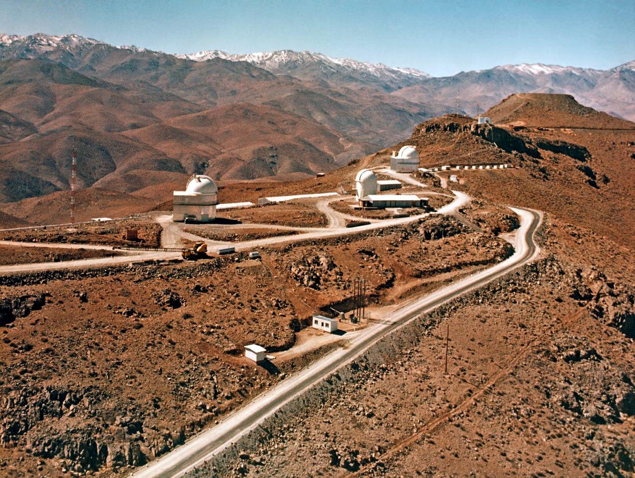 Building La Silla Observatory