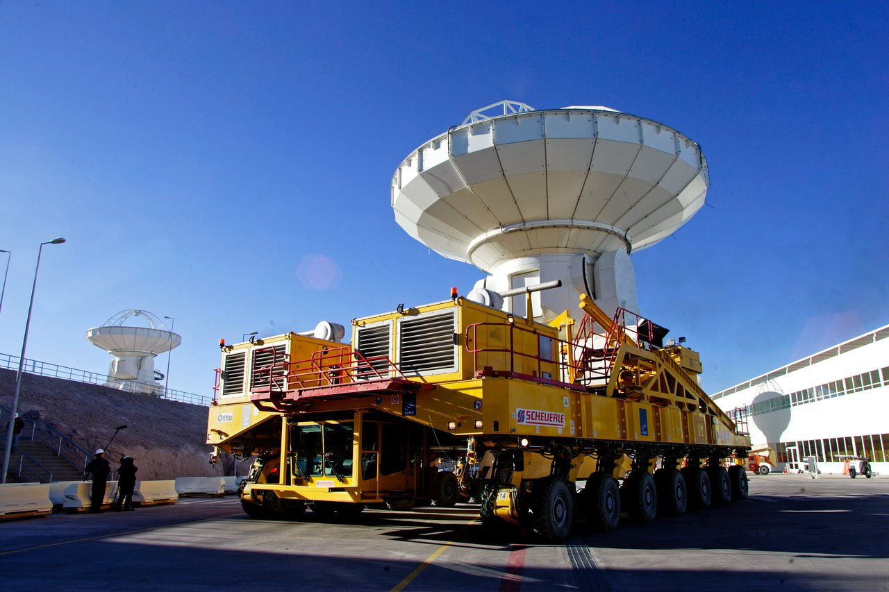 ALMA transporter and antenna at the base camp