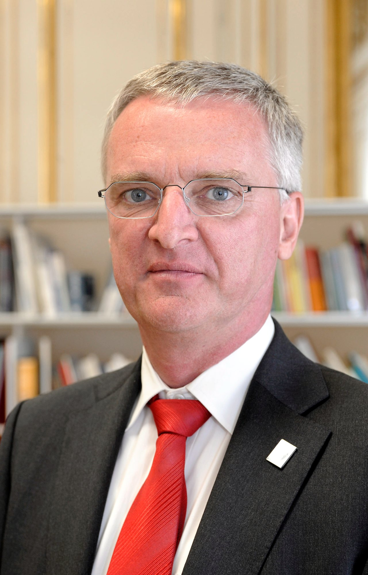ESO Director General, Professor Tim de Zeeuw