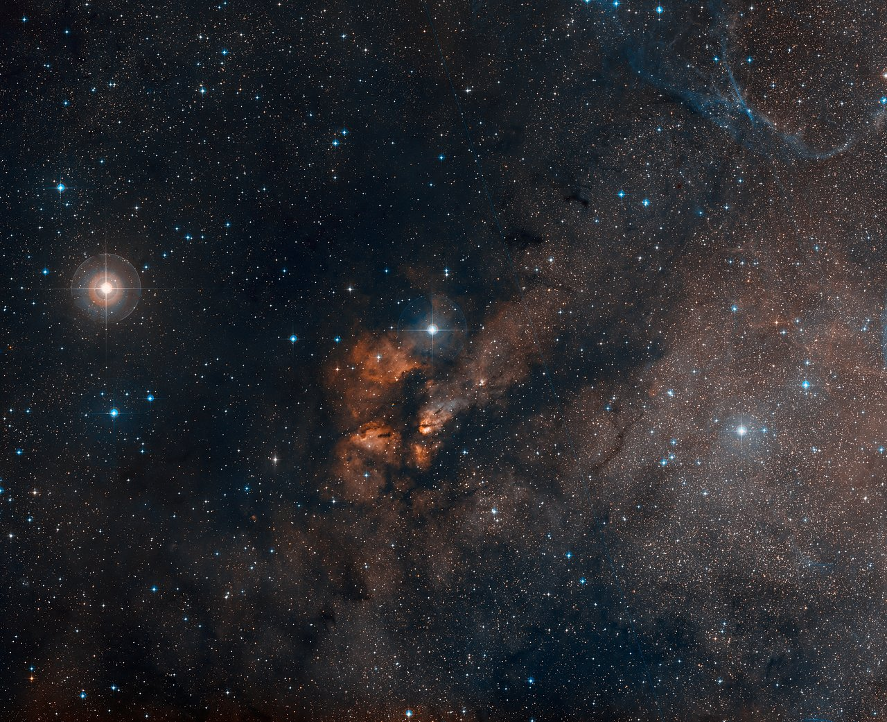 Digitized Sky Survey Image Around the Stellar Cluster RCW 38