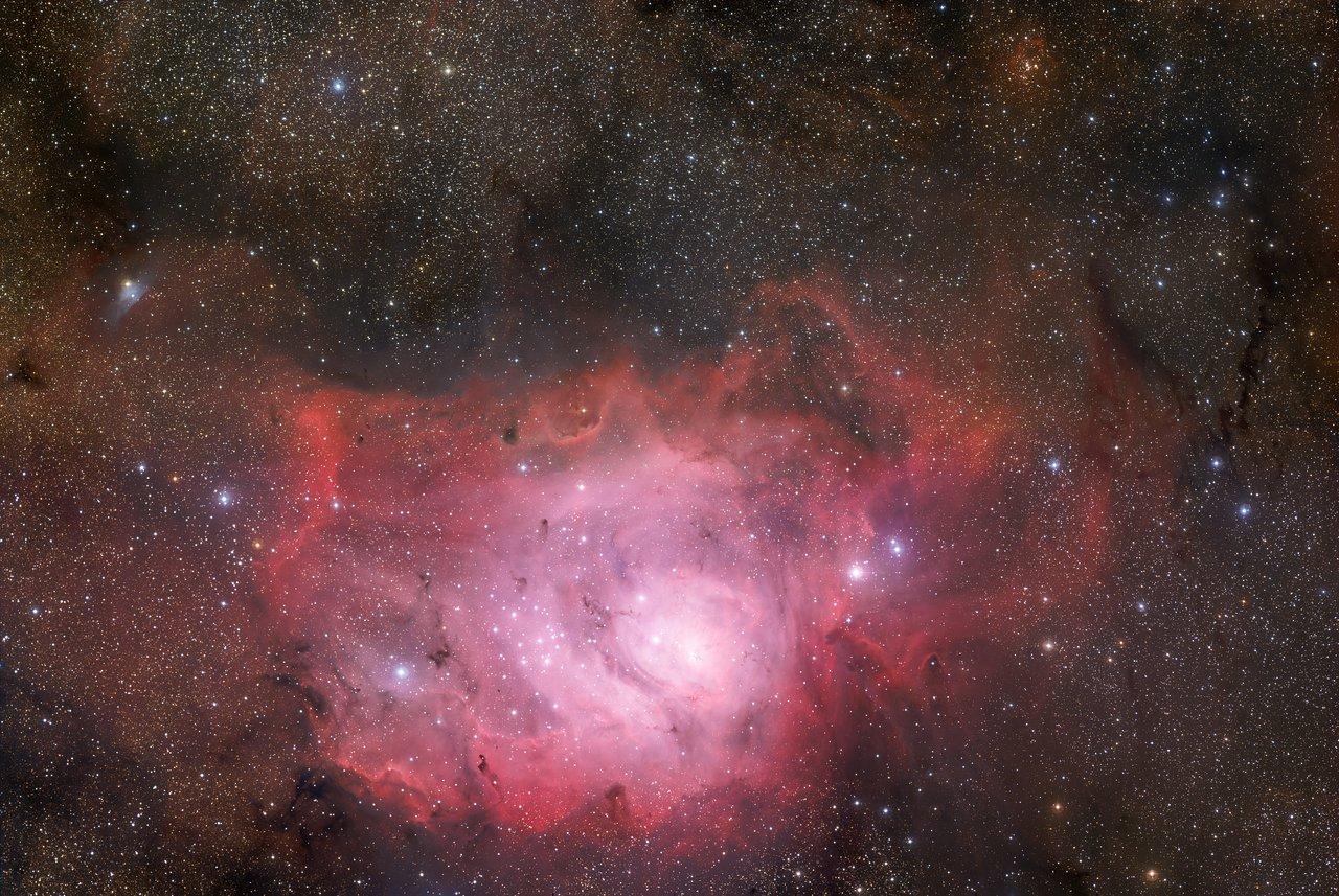 Der Lagunennebel als 370-Megapixel-Sternenlandschaft