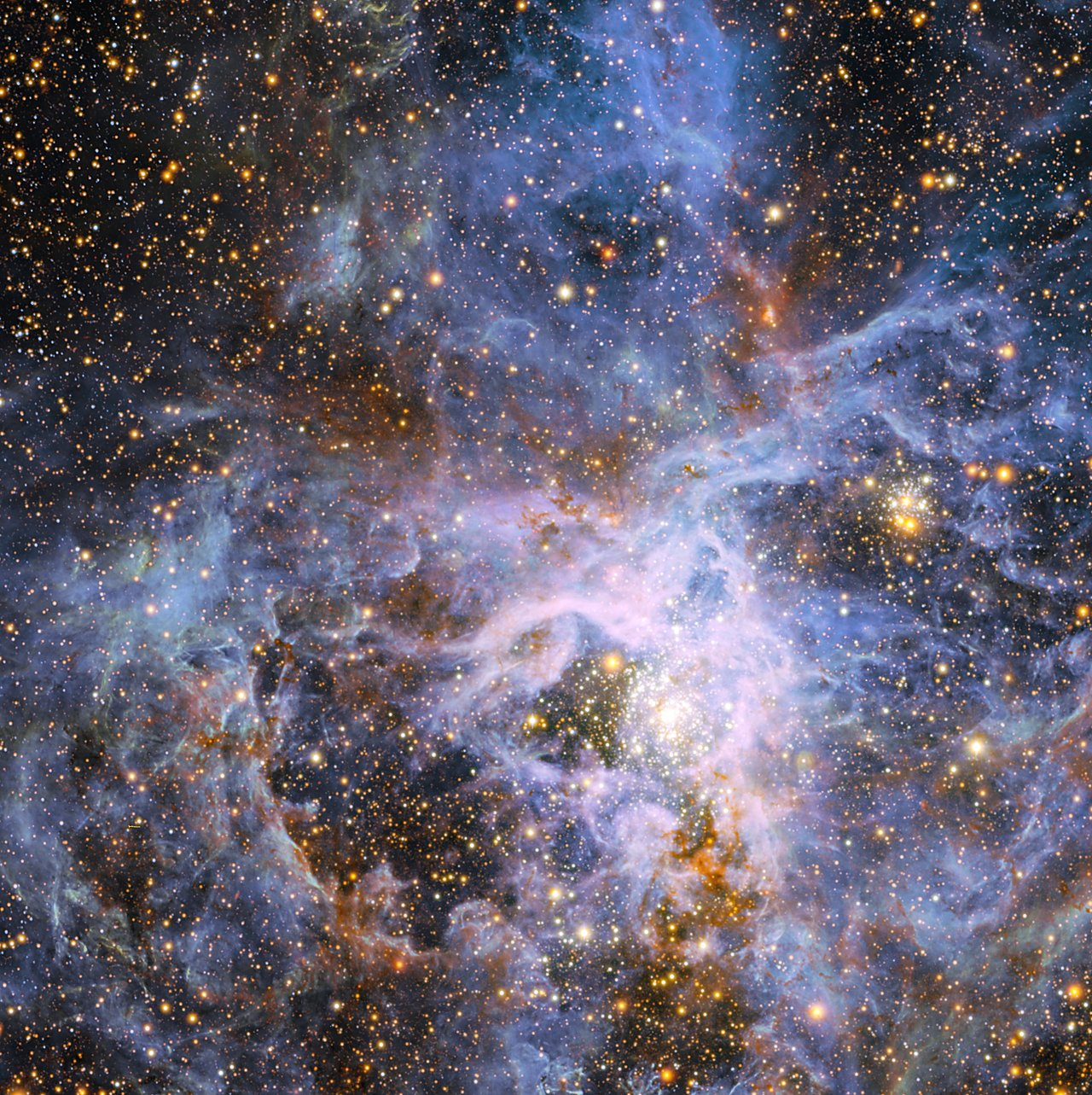 The brilliant star VFTS 682 in the Large Magellanic Cloud