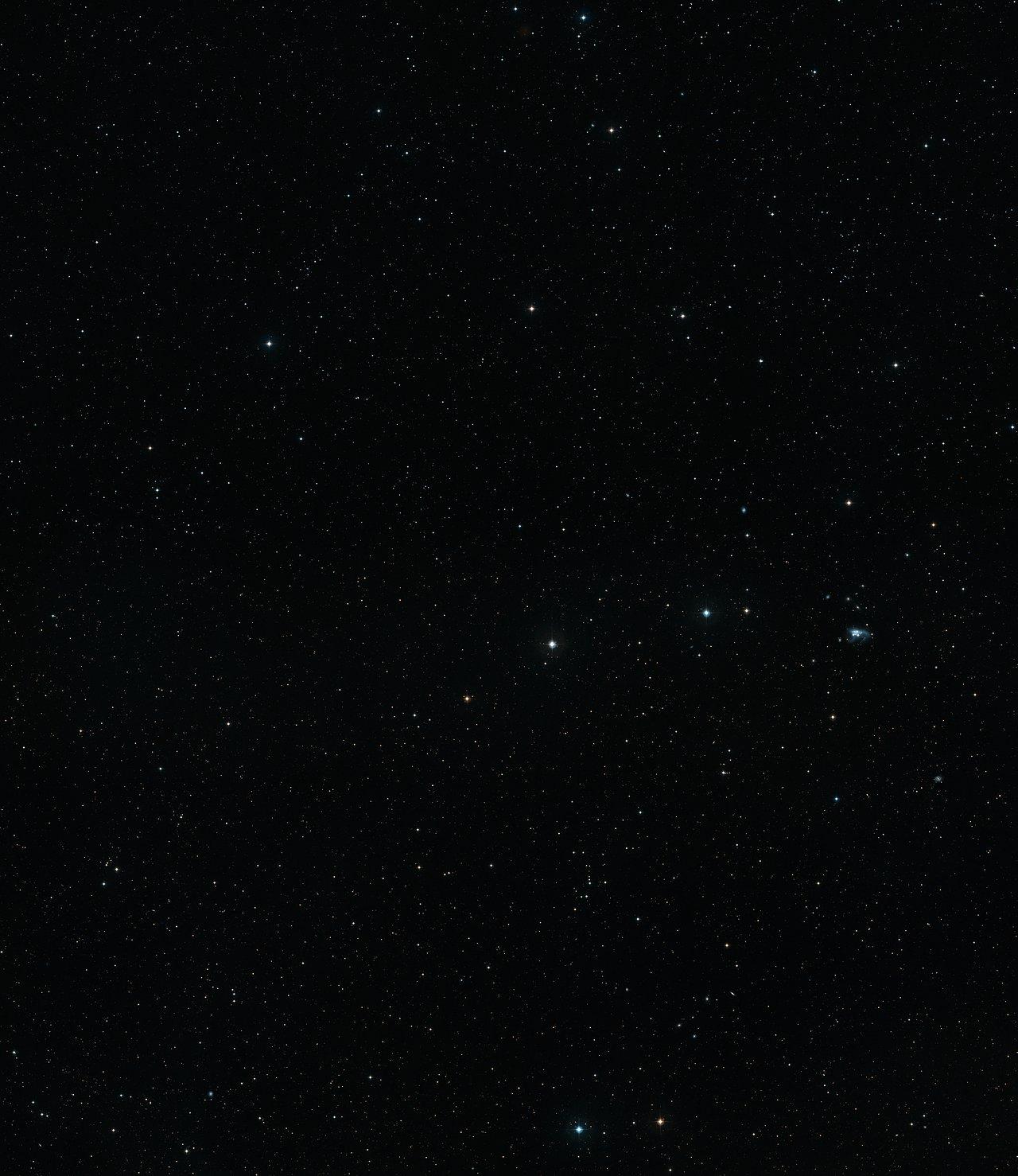Visión de campo amplio del cielo alrededor de la increíble estrella SDSS J102915+172927