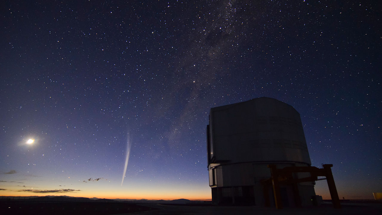 Christmas comet Lovejoy captured at Paranal | ESO