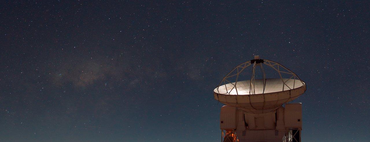 Het Atacama Pathfinder Experiment (APEX)