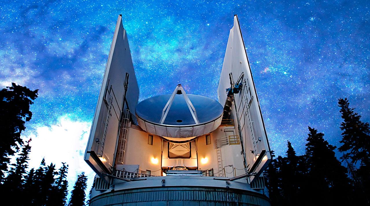 Submillimeter Telescope (SMT) ved Arizona Radio Observatory