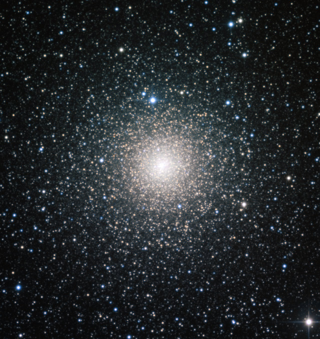 El cúmulo globular NGC 6388 observado por el Observatorio Europeo Austral