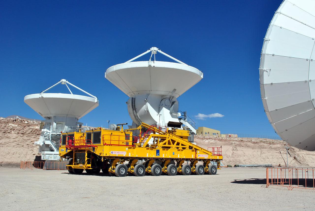 Die letzte ALMA-Antenne wurde an das Observatorium übergeben