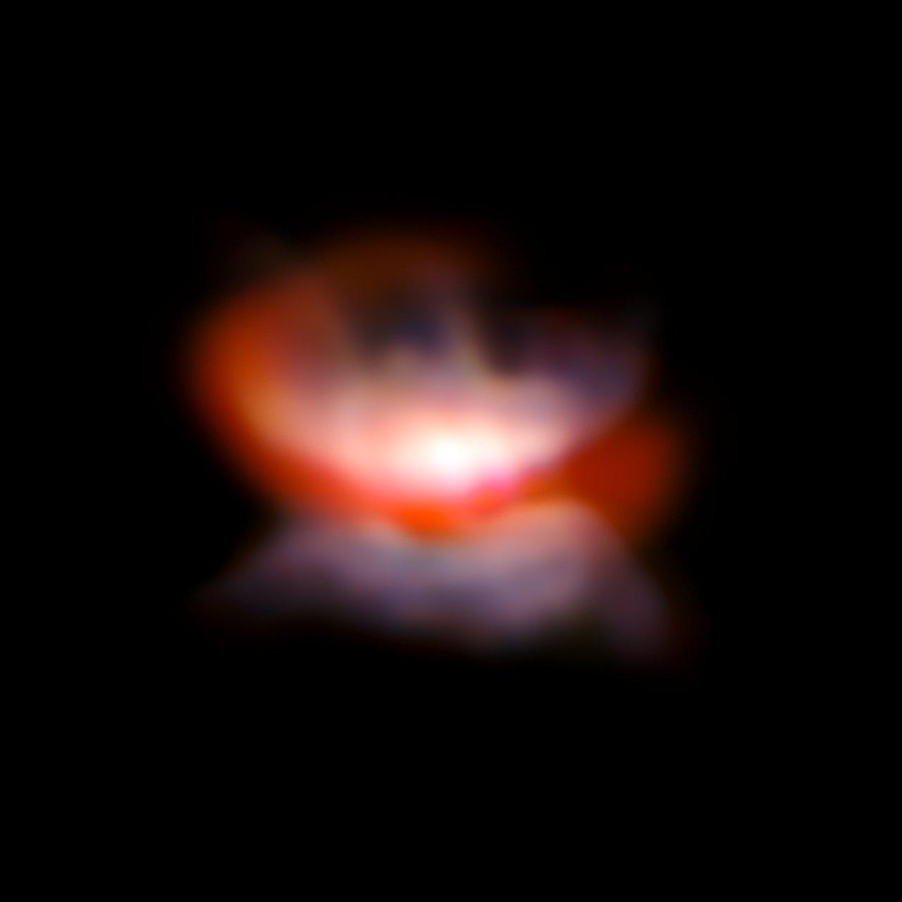 Støvskiven om L2 Puppis (Orange)