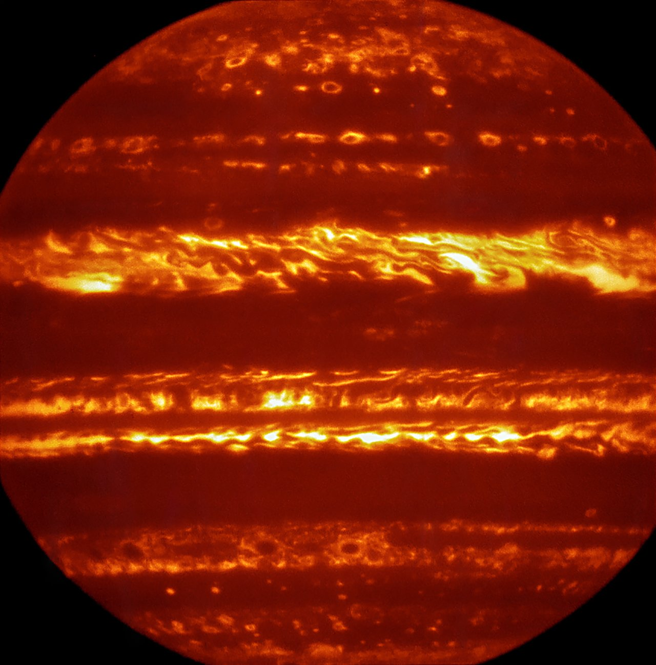 Jupiter Awaits Arrival of Juno