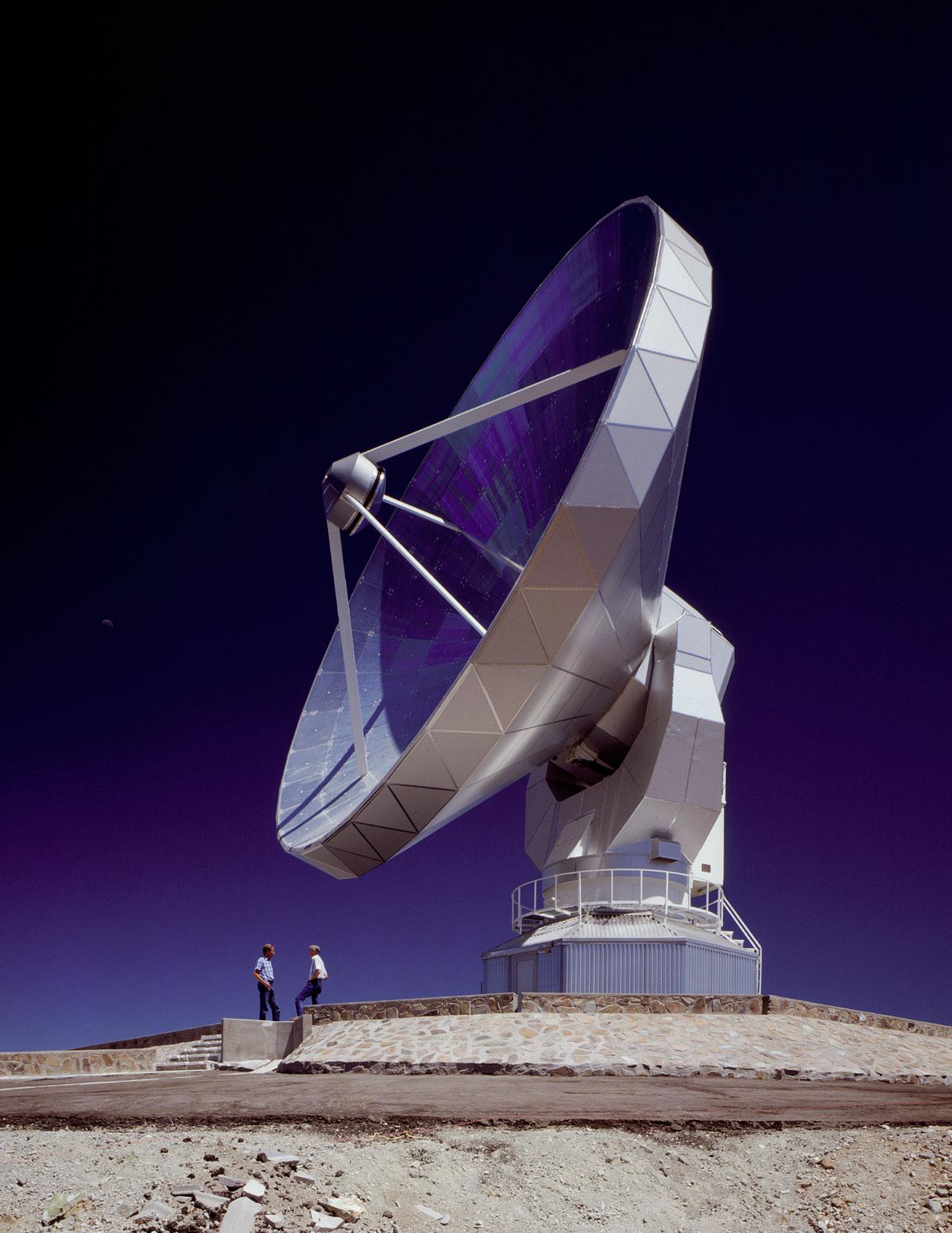 Swedish-ESO 15m Submillimeter Telescope (SEST)