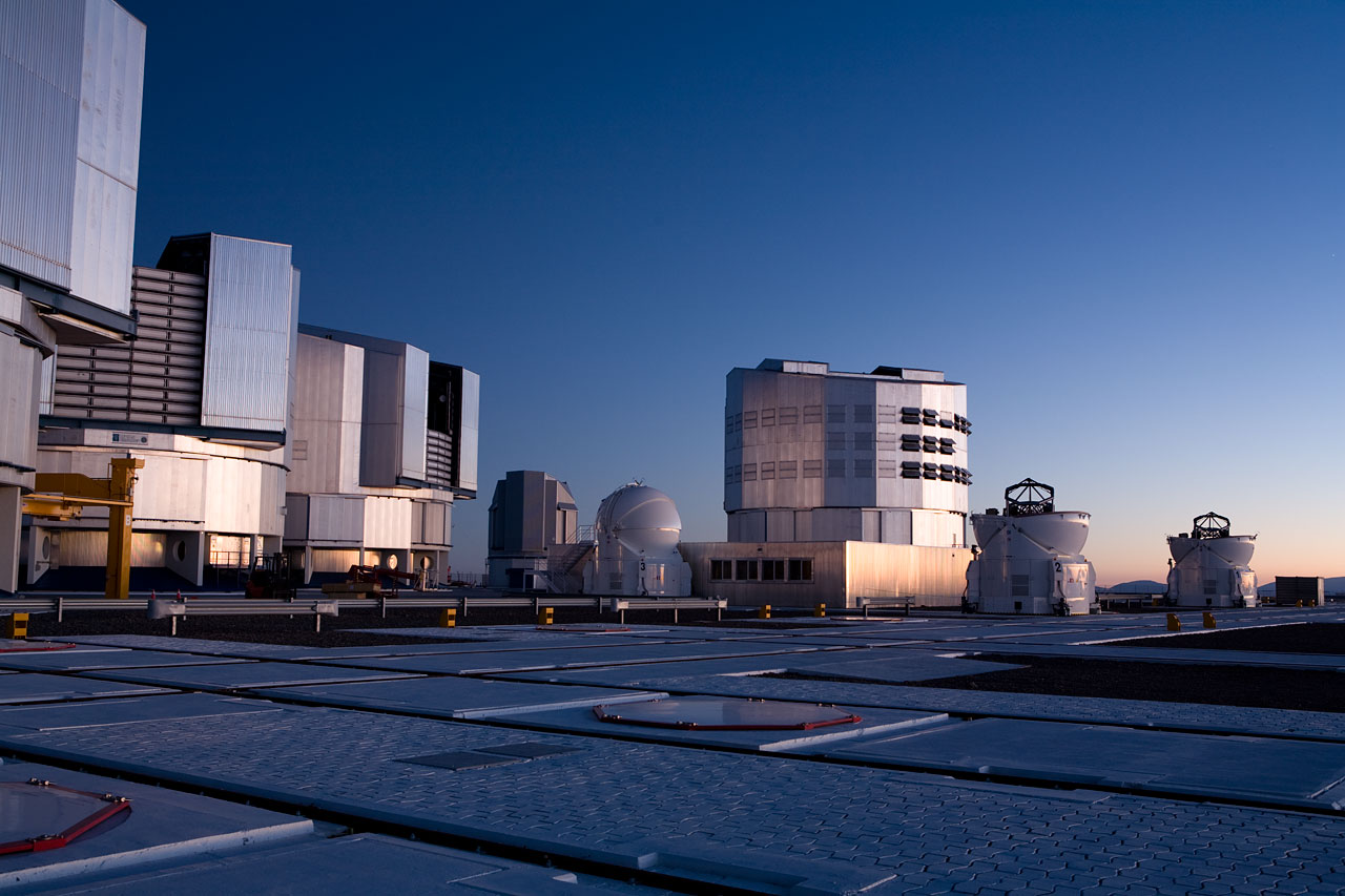 Mounted image 182: Paranal at Sunrise II