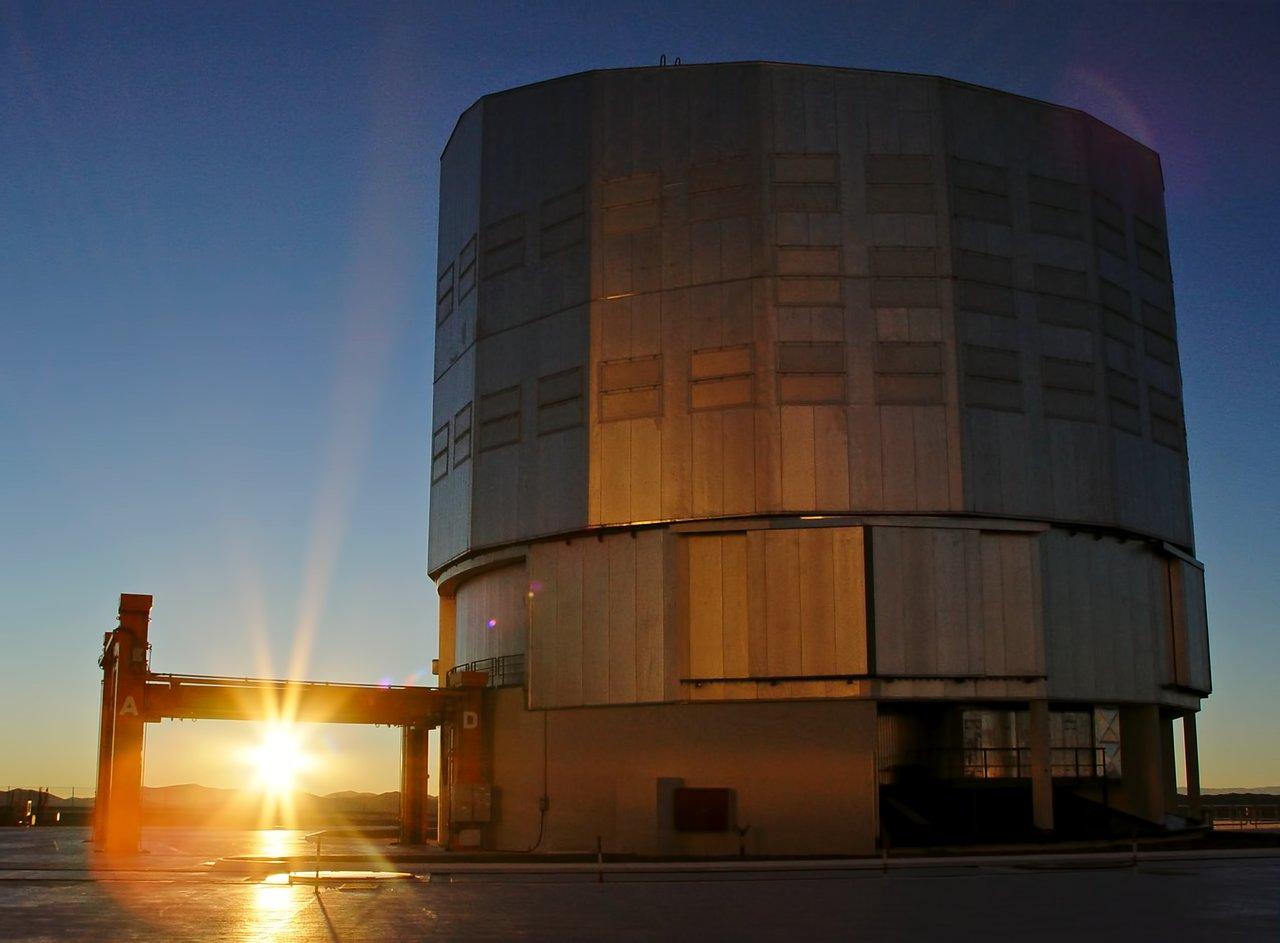 Sunrise at Paranal