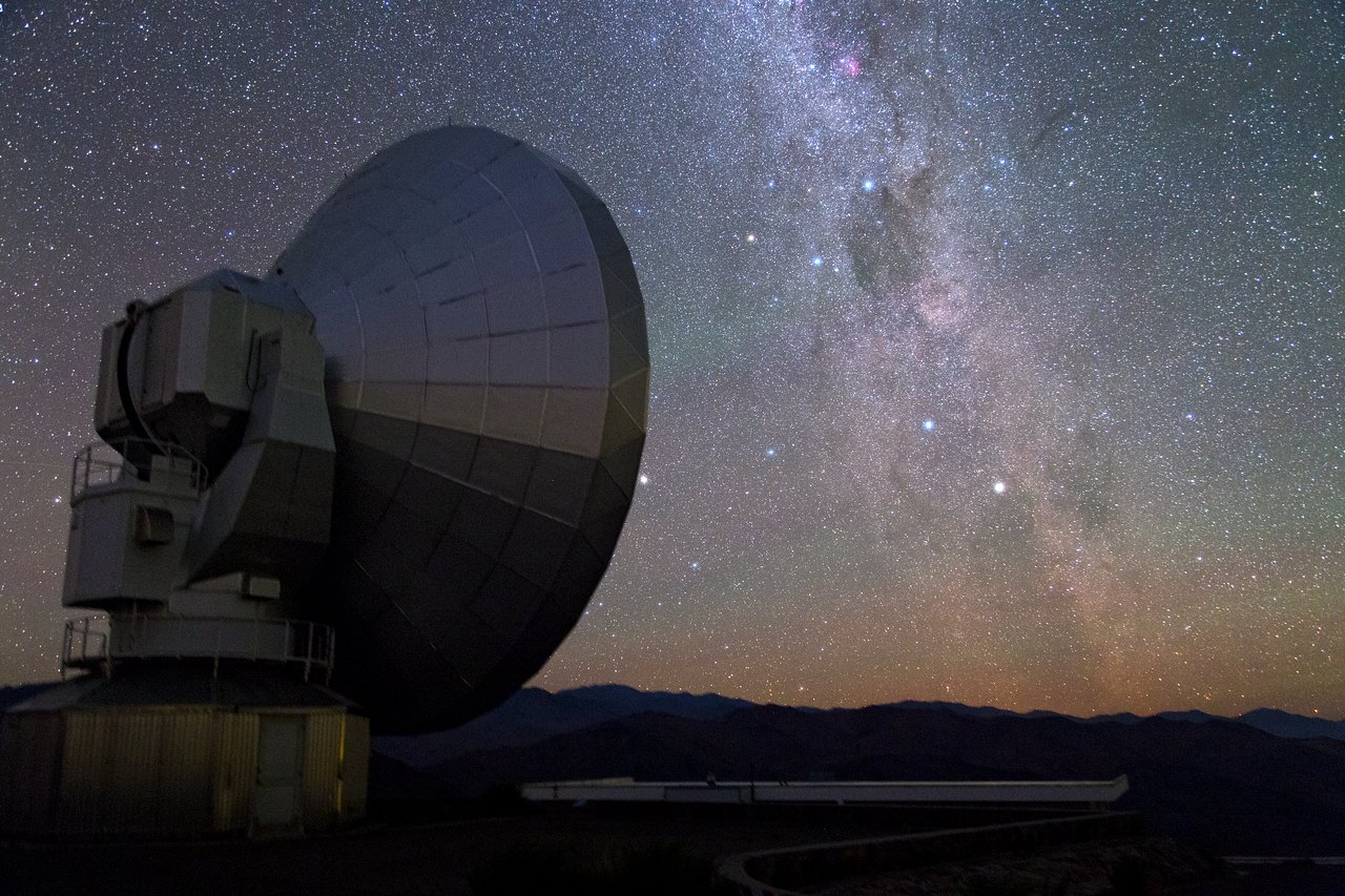 The Milky Way and Nova Centauri 2013