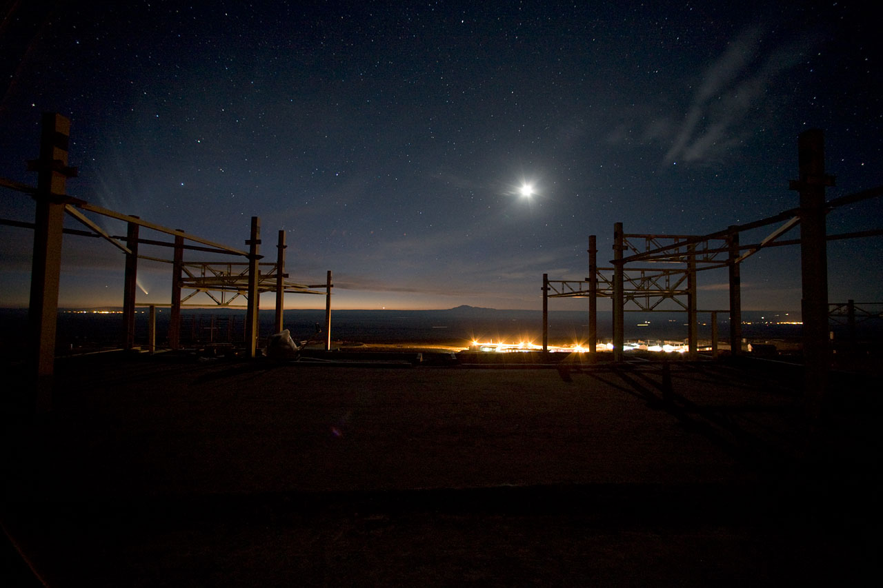 Night at ALMA OSF, Jan2007