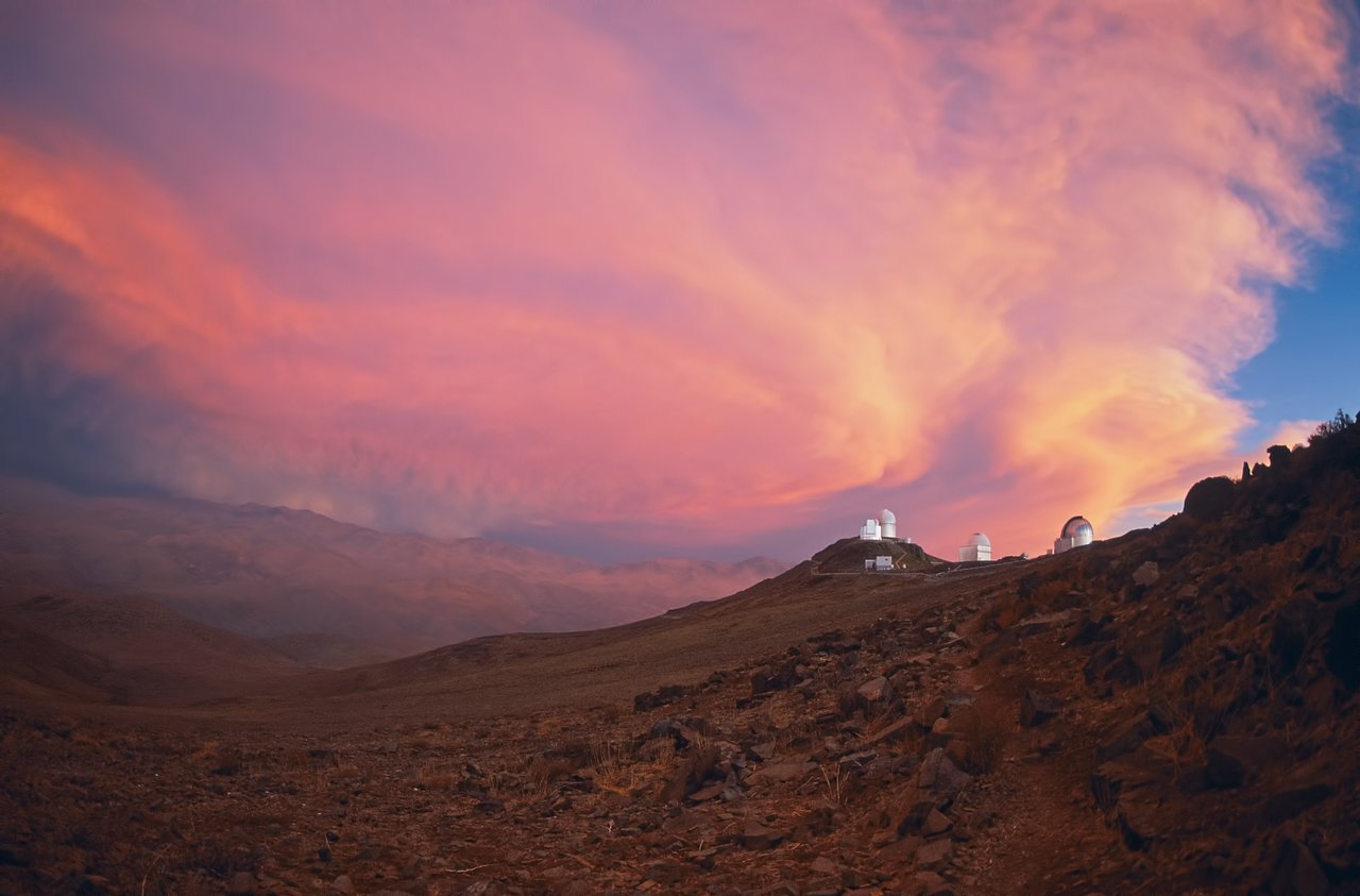 Pink sky above La Silla