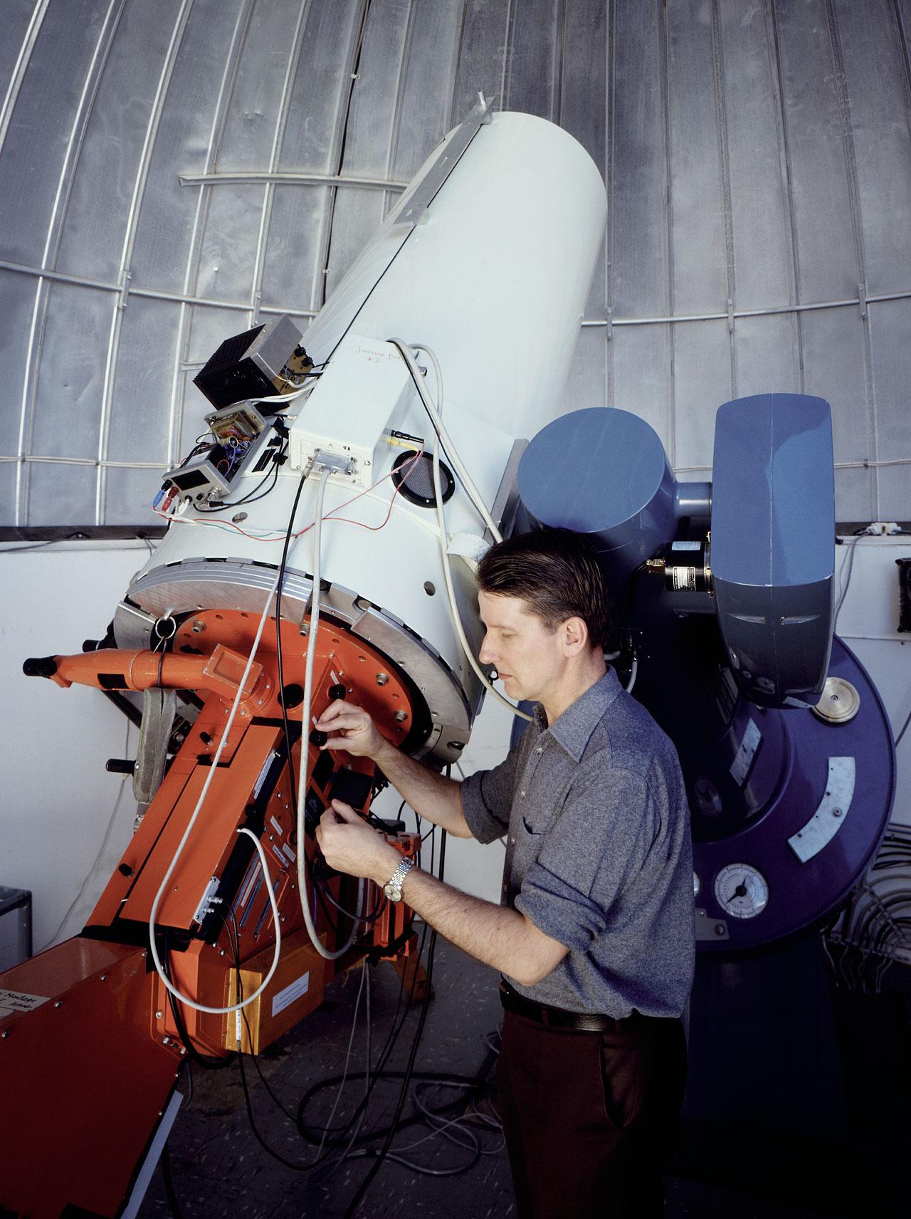 The Bochum 0.61-metre telescope