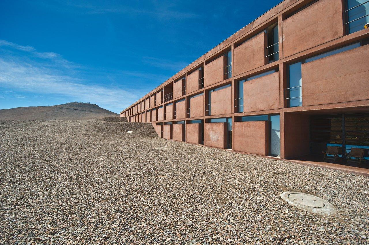 The Paranal Residencia