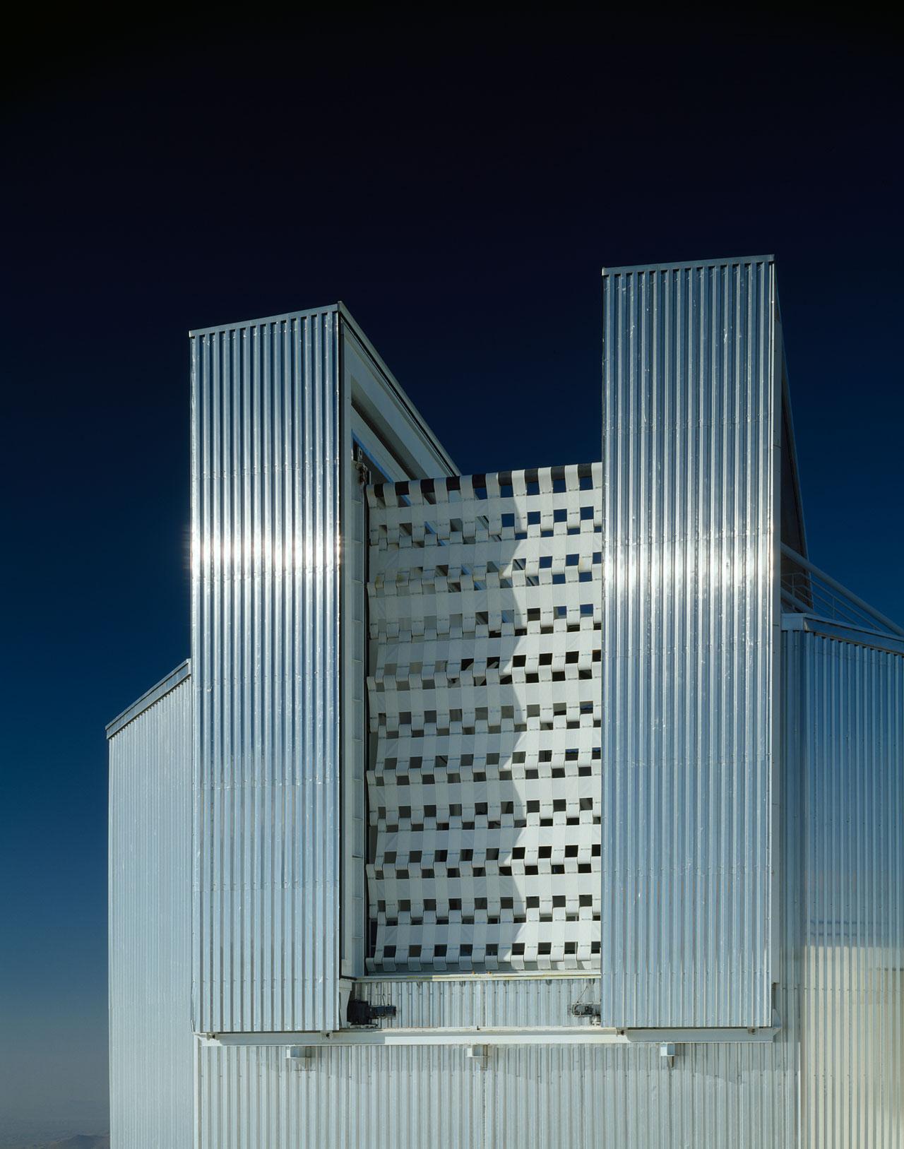 NTT Windscreen