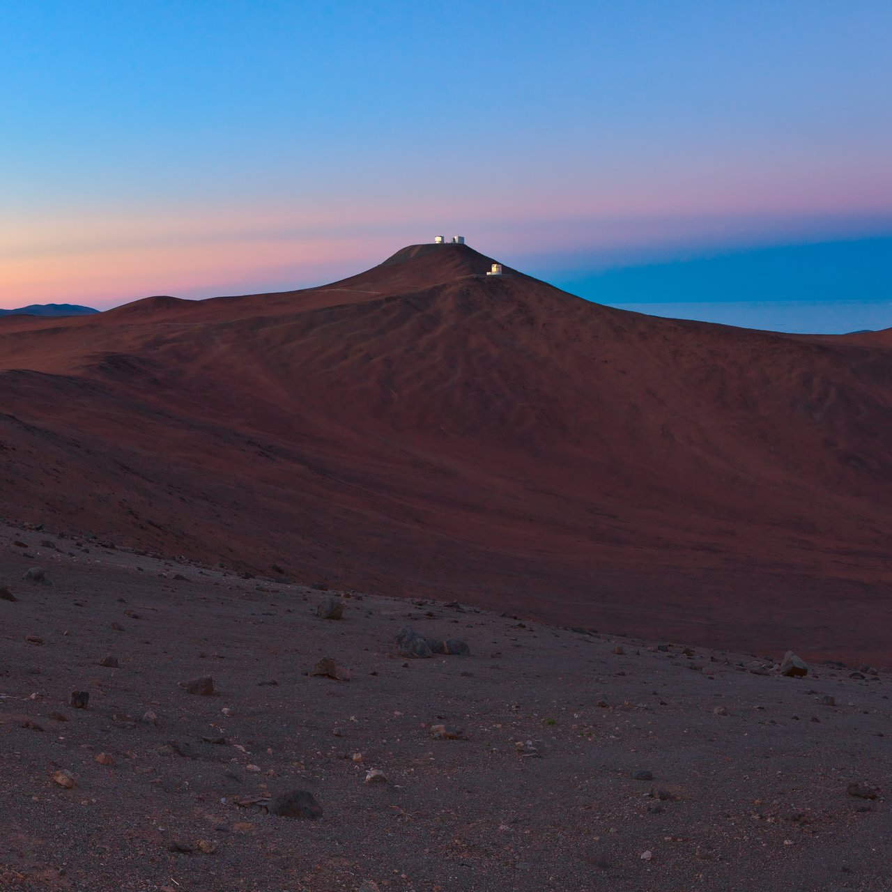 Paranal in the distance