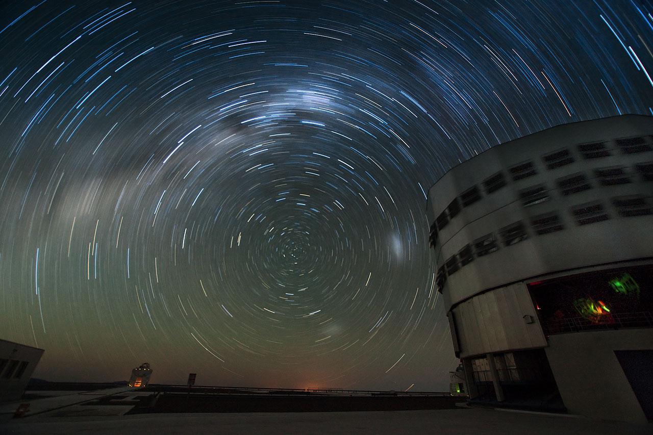 Noche estrellada en Paranal