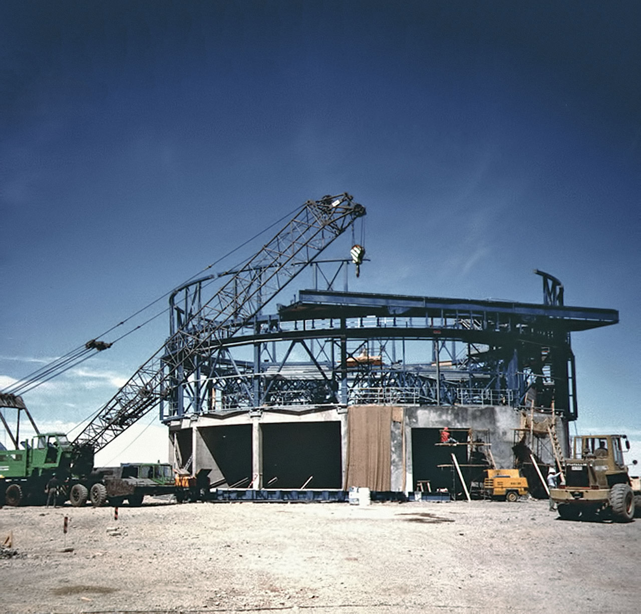 Da Antu verso Yepun - La costruzione del VLT