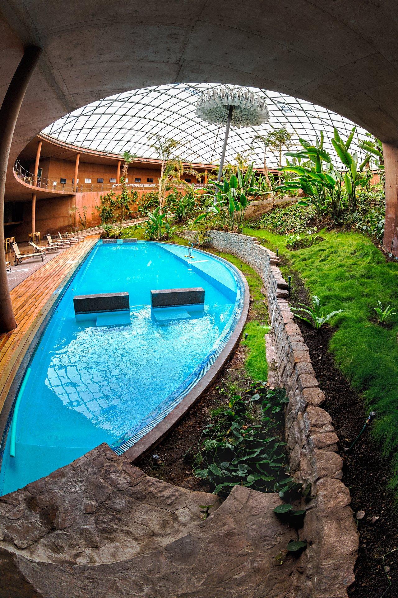 Swimming pool inside the Residencia | ESO