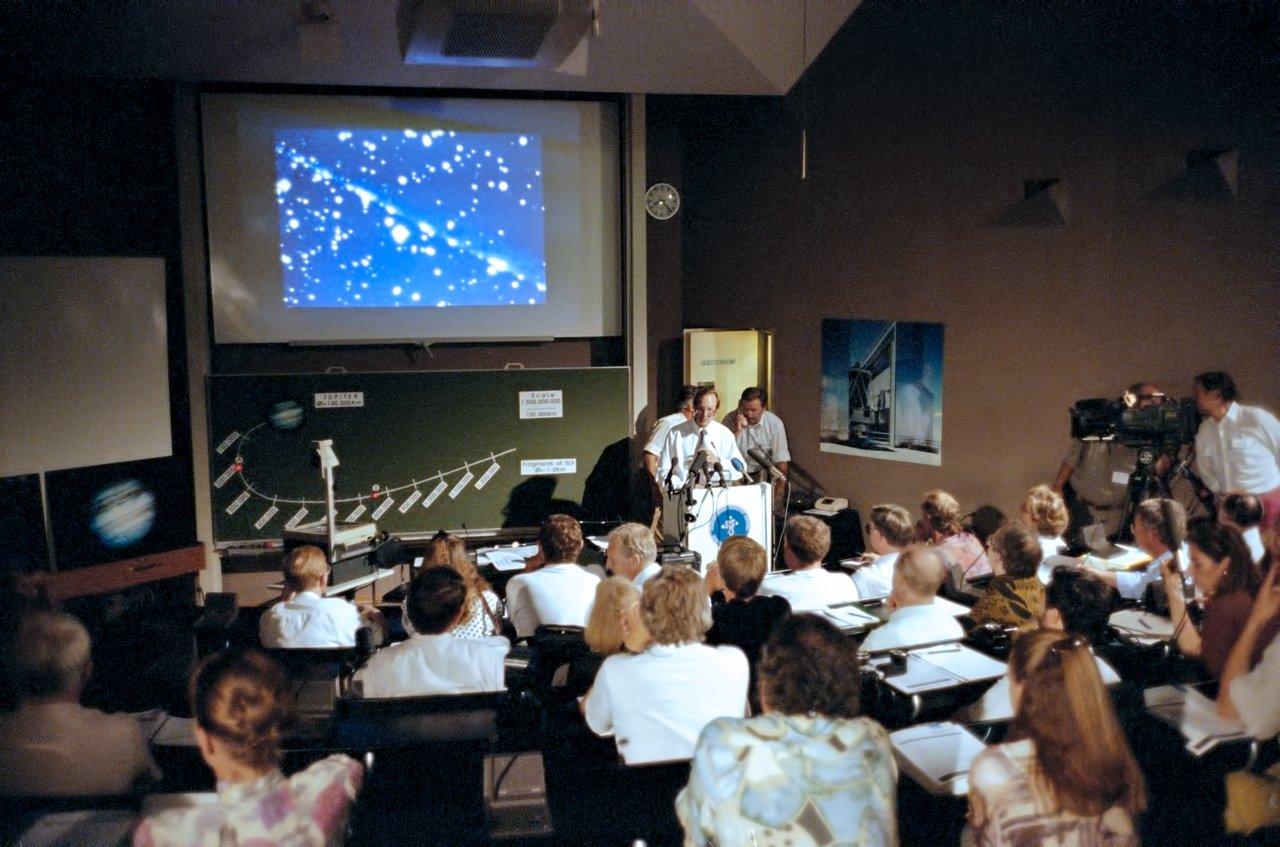 Comet Shoemaker–Levy 9 symposium, July 1994